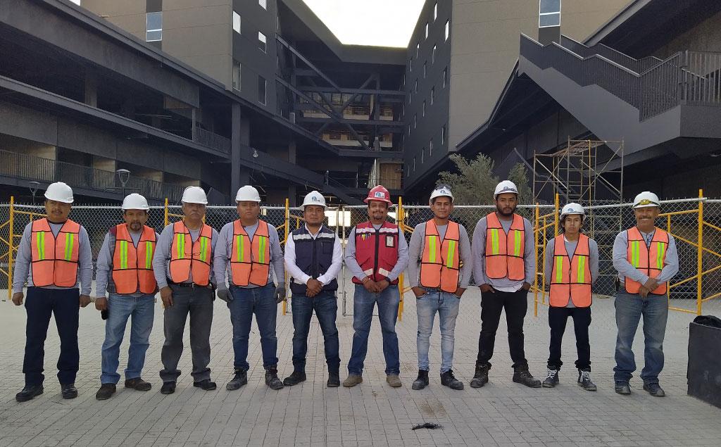 Equipo SEmS ingeniería eléctrica Guadalajara
